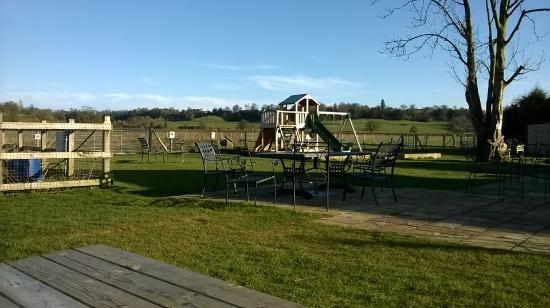 Rowde, UK: The Play Area