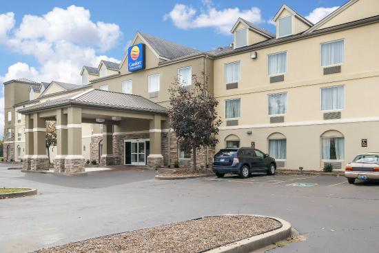 Comfort Inn & Suites Airport & Expo