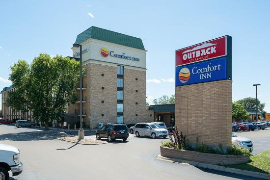 Comfort Inn Airport Photo