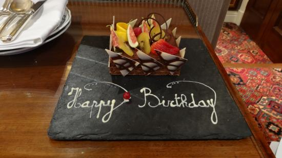 The Milestone Hotel: Birthday cake made for me by the hotel