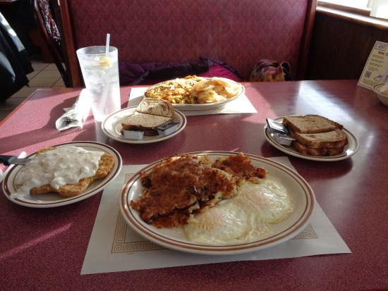 Oconto, WI: breakfast