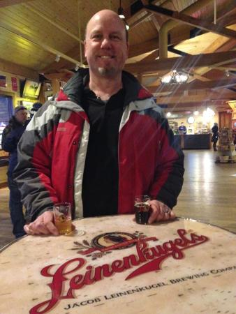 Chippewa Falls, WI: Sampling Leinie's finest at the Lodge