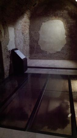 Baza, Spain: Glass floors and signboards in the 'hot' room