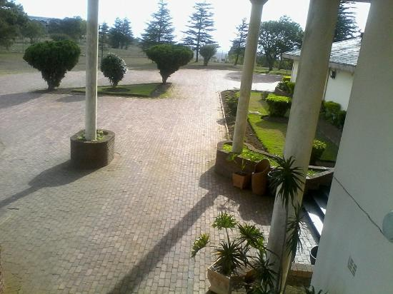 Mthatha, South Africa: Spacious Parking Area from the top