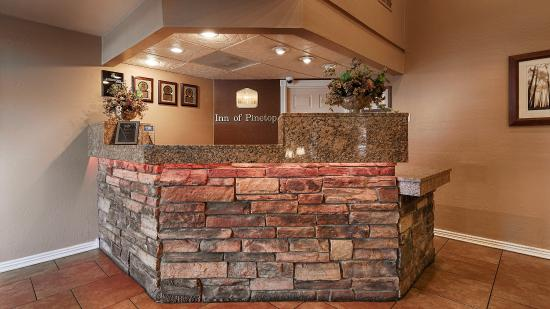 BEST WESTERN Inn of Pinetop: Front Desk