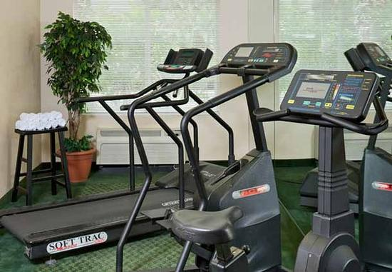 Fitness center picture of fairfield inn suites by for 7090 cypress terrace fort myers