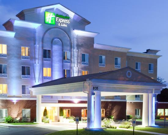 Holiday Inn Express Charlotte-Arrowood