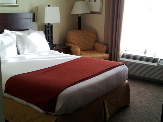 Camp Springs, MD: Queen Bed Guest Room