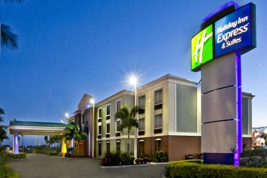 Holiday Inn Express Clewiston