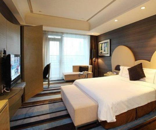 Rizhao, China: Deluxe Seaview King Room