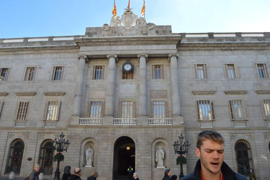 free walking tour - Picture of SANDEMANs NEW Barcelona ...