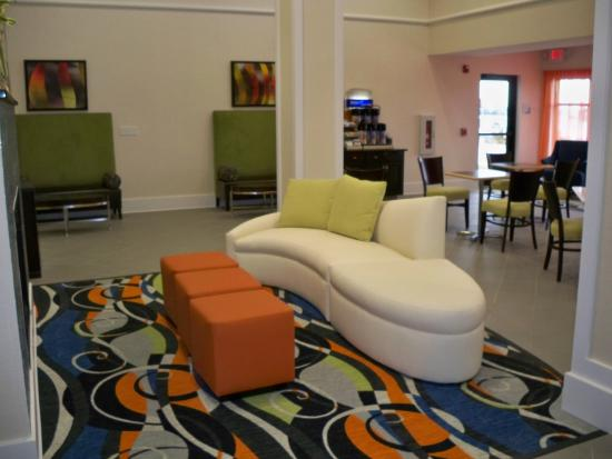 Festus, MO: Guest Dining Lounge