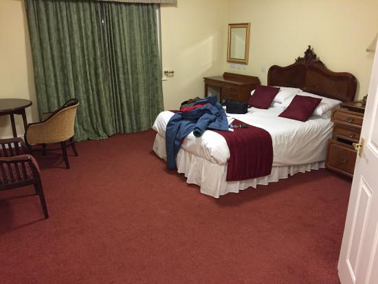 Red Lion Atherstone Room Service