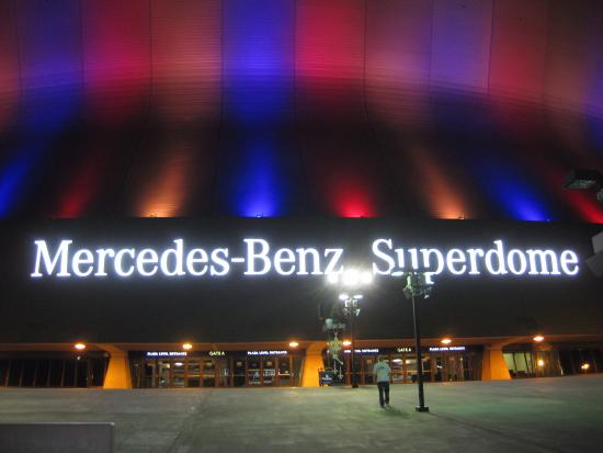 The superdome picture of mercedes benz superdome new for Hotels near the mercedes benz superdome