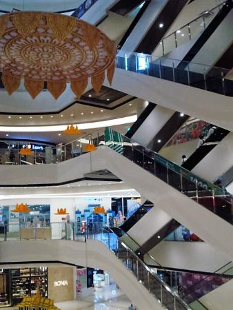 Mall levels picture of finch aeon mall phnom penh for Amaze asian fusion cuisine 3rd avenue new york ny