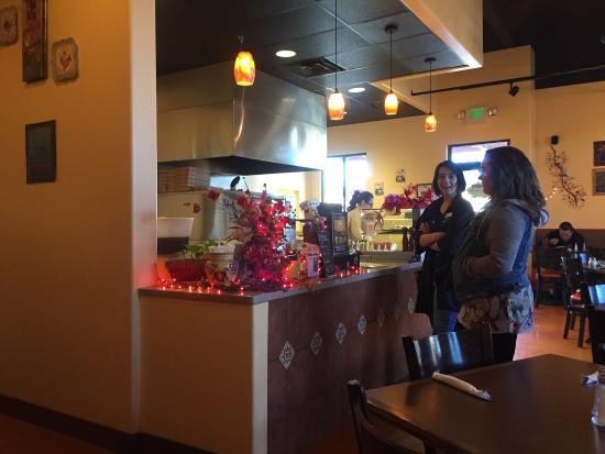 Bella Marie's Pizzeria: Inside pictures