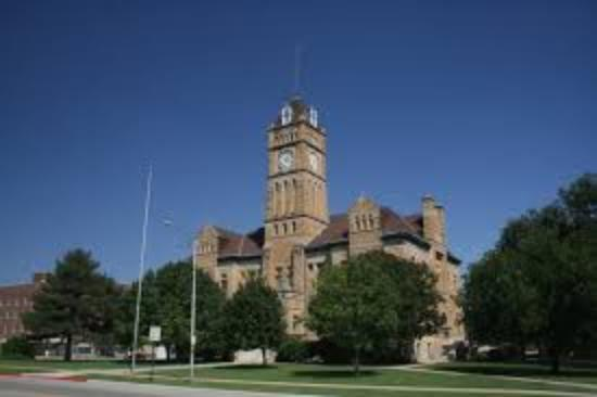 Beloit, KS: Historic Mitchell County Courthouse
