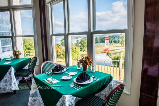 Kingston, TN: Dining with a View