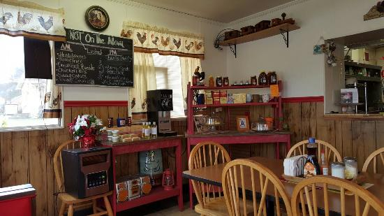 Old Fort, NC: Great home style cooking, they can make anything you could want.