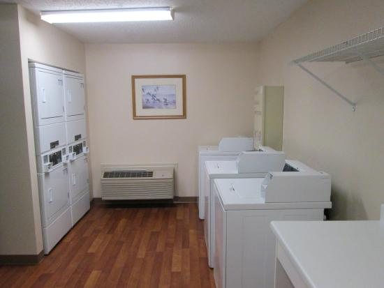 Farmers Branch, TX: On-Premise Guest Laundry