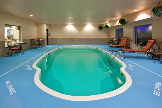 Kendallville, IN: Swimming Pool