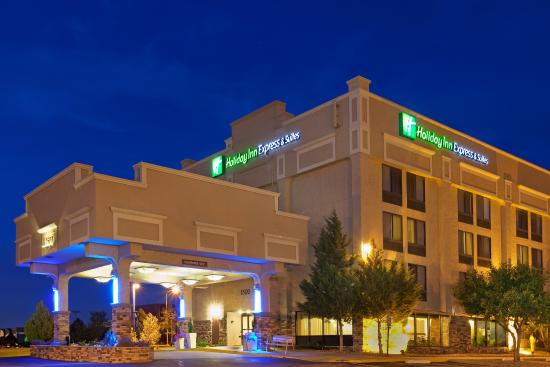 Holiday Inn Express Hotel & Suites Aurora
