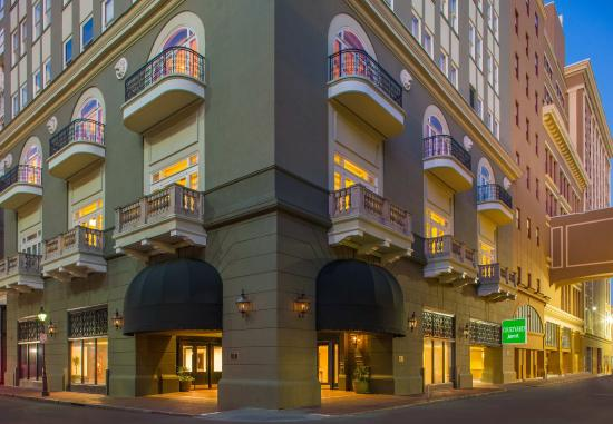 Courtyard New Orleans Downtown/Iberville Hotel