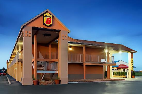 Super 8 Motel - North Bay