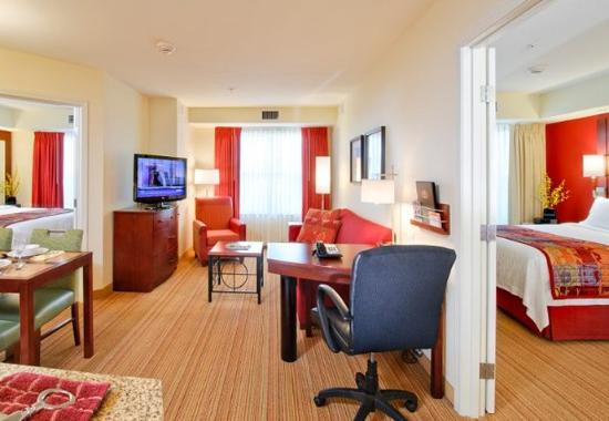 two bedroom suite picture of residence inn burlington