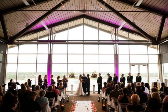 Lakeway, TX: Wedding Ceremony Vistas Ballroom