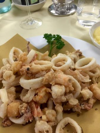 Quarto D'Altino, Italy: Forget Venice and have the best fish meal here.