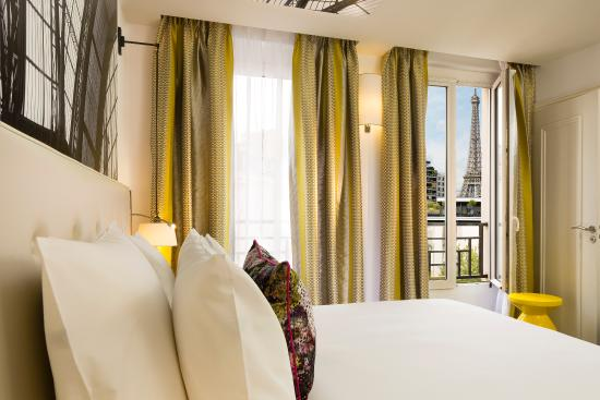 Chambre deluxe picture of hotel gustave paris tripadvisor for Chambre d hotel france