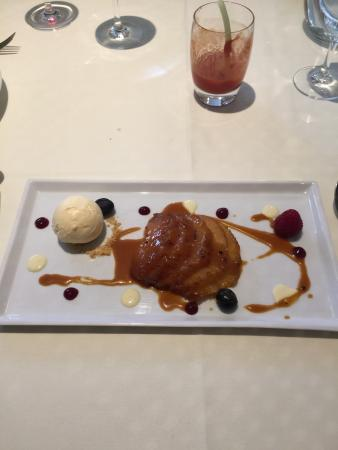 Reigate, UK: Had a lovely lunch at La Barbe