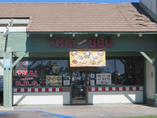 Fontana, CA: The store front