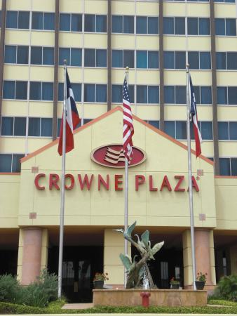 Crowne Plaza Hotel Houston- Medical Center