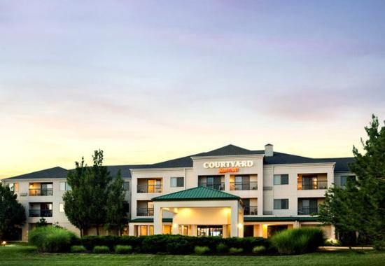 Courtyard by Marriott Airport / Earth City