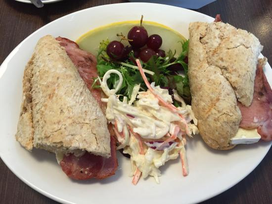 Usk, UK: Great lunches ...