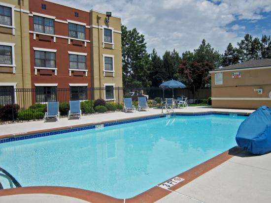 Extended Stay America - Fayetteville - Cross Creek Mall