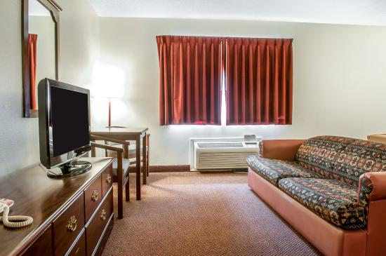 Gallup, NM: Guest room