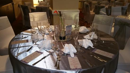 Chevy Chase, MD: Wedding Table Setting