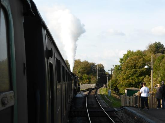 Swanage, UK: Getting Ready to Leave Corfe Castle