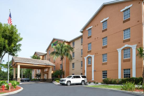 Holiday Inn Express Bonita Springs
