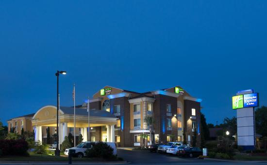 Holiday Inn Express And Suites Anderson