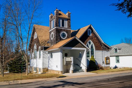Eagles Mere, PA: We saw several small churches in all different styles.