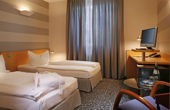 Lehrte, Germany: Business Double Room