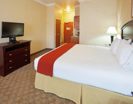 Oroville, CA: King Bed Guest Room