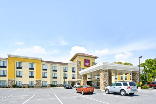 comfort suites amish country lancaster pa hotel