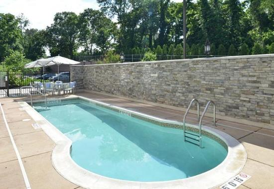King of Prussia, PA: Outdoor Pool