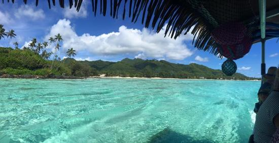 Muri, Cook Islands: Water that needs to be seen to be believed!