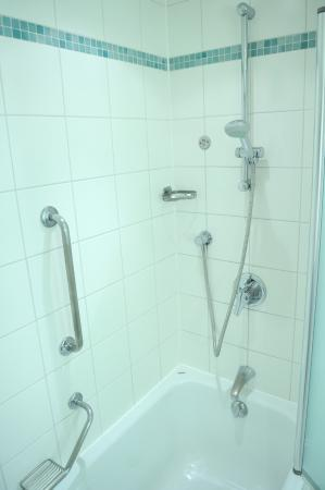 shower over bath picture of radisson blu hotel london stansted airport sta. Black Bedroom Furniture Sets. Home Design Ideas